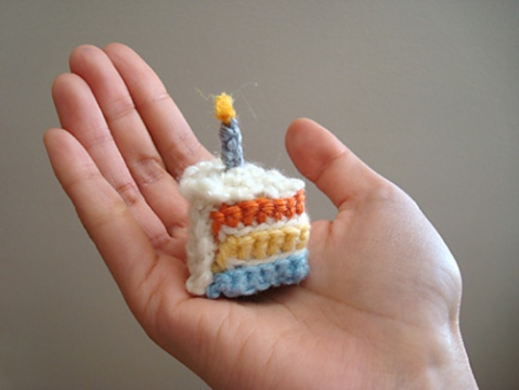 Free Tiny Rainbow Cake slice pattern by Trish Young